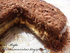 Bolo de Chocolate com Mousse de Maracujá - delicinhasecoisinhas.blogspot.com