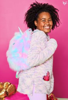 Cute critters she can carry. Tween Girls, Cute Girls, Justice Makeup, Justice Bags, Unicorn Room Decor, Justice Clothing, Cute Backpacks, Little Fashionista, Tween Fashion