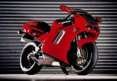 NR 750 / RC40 Honda Vfr, Honda Bikes, Motorcycle Engine, Sport Bikes, Cool Bikes, Custom Cars, Grand Prix, Cars And Motorcycles, Motorbikes