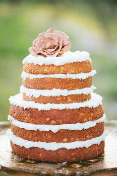 Trending: 9 Naked Wedding Cakes We Love