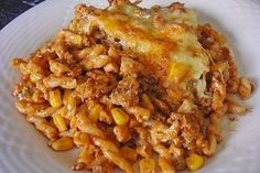 Pasta - minced meat casserole by HayatSu Meat Recipes, Pasta Recipes, Dinner Recipes, Cooking Recipes, Healthy Recipes, Carne Picada, Mince Meat, Healthy Eating Tips, How To Cook Pasta