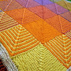 Ravelry: elisadallomo's Auntie hugs   inspiration - translate to crochet