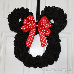 Add A Pinch Of Sparkle: Minnie Mouse Wreath: Tutorial