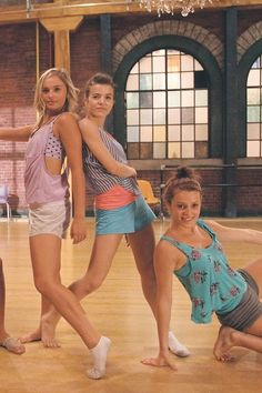 This is (from left to right) Michelle, Riley and Chloe from the next step on cbbc