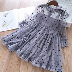 Children Lace Dress Girls Star Stitching Mesh Beautiful Princess Costume, The Effective Pictures We Offer You About Children Clothing model A quality pictur Stylish Dresses For Girls, Frocks For Girls, Toddler Girl Dresses, Little Girl Dresses, Stylish Kids, Girls Dresses Sewing, Girl Toddler, Fashionable Baby Girls, Baby Girl Frocks
