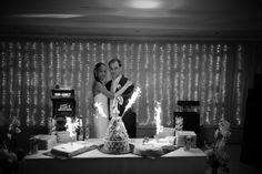 arrivée des gâteaux #mariage #wedding #romantique  #Weddingplanner #paris #gateaux #delaolivapolyne #pensee-event.com