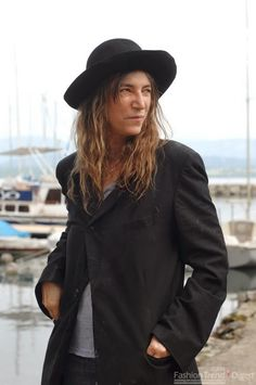 It's Patti Smith on holiday. Actually, she might not be on vacation it could be Maine, but I do like the idea of Ann Demeulemeester resort wear. And the singer taking her 'don't mess with me' attitude to the seaside. Having written a lullaby for the film Noah, Smith has been in the news thisRead more