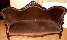 A Rosewood Rococo Revival style sofa by Thomas Day