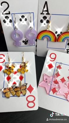 Handmade Wire Jewelry, Diy Crafts Jewelry, Diy Jewelry Making, Resin Crafts, Diy Earrings Easy, Funky Earrings, Weird Jewelry, Cute Jewelry, Diy Jewelry Packaging
