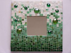 Green mirror frame by @Rónaszéki Andrea ...love it!