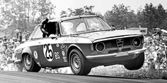 sport - A Look Into the Amazing Past of Trans-Am Racing Alfa Bertone, Alfa Gta, Alfa Romeo Gta, Alfa Romeo Giulia, Trans Am, Best Muscle Cars, Best Classic Cars, Pony Car, Rally Car
