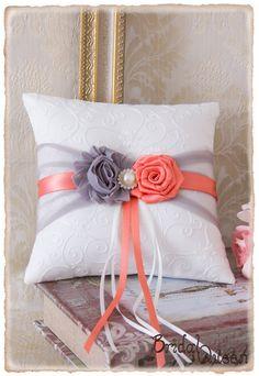 Ring Bearer Pillow Wedding Ring Pillow Ringing by BridalQueen