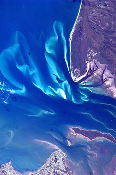 photo  Hervey Bay, Queensland, Australia    Credit: ESA/NASA