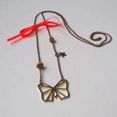 Un collier esprit origami / A necklace with origami motives