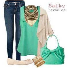 Přejeme Vám krásnou neděli, užijte si na procházce sluníčko:) Třeba se zelenou variantou outfitu ;)   http://www.satkylevne.cz/www/cz/shop/satky-elegantni-ctvercove-jednobarevne/