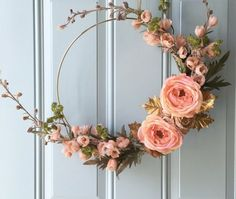 The fall is here and as the cooler days beckon, something spontaneously tells you that it's time for fall wreaths, too – to hang on your front door and walls, to adorn your porch and to place on your mantle. Of course, you can always buy your favorite ones from craft stores. But this is what …