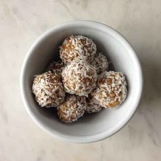 Recipe: Date and Almond Bliss Balls