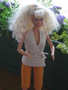 Ravelry: Barbie Summer Tie Top pattern by Rachel Choi Barbie Top, Barbie Dolls, Top Pattern, Free Pattern, Crochet Barbie Clothes, Crochet Dolls, Barbie Summer, Barbie Patterns, American