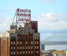 Memphis, TN // Beautiful U.S. Skylines