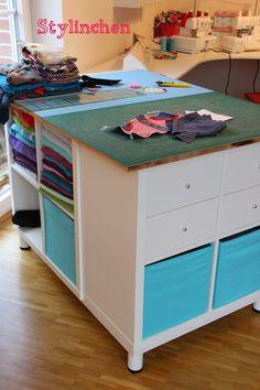 ikea kallax hack schneidetisch mobiler n h und schneidetisch pinterest n hzimmer. Black Bedroom Furniture Sets. Home Design Ideas