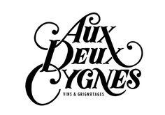 AUX DEUX CYGNES #logo