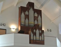 Flentroporgel met 16 stemmen in de Gereformeerde Gemeente van Puttershoek | Flentrop organ with 16 stops in the Reformed Congregations of #Puttershoek.