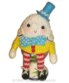 Free Humpty Dumpty Knitting Pattern : Egg cosies on Pinterest Knitting Patterns, Eggs and Drops Design