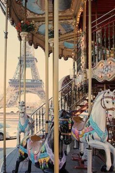 Paris carousel / merry go round #art #photography