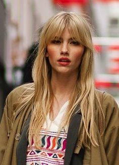 Long Middle Bangs Amazing Styles On Long Hair Ideas