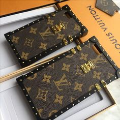 Louis Vuitton Lv phone case monogram