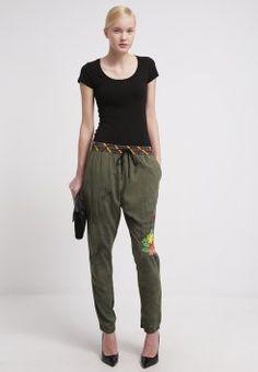 Desigual - ROSAURA - Pantalon - maleza