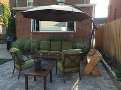 Astonishing Cool Tips: Patio Roof Corrugated stone patio furniture. Patio Privacy, Patio Roof, Patio Steps, Outside Furniture, Cantilever Umbrella, Flagstone Patio, Small Backyard Patio, Patio Lighting, Patio Dining