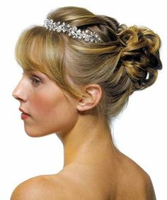 wedding hair ideas for shoulder length hair | Wedding Hairstyle Guides | Bride Sparkle