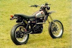 Yamaha XT500 check the exhaust