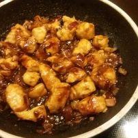 'Dit moest ik zeker maken nadat ik het volgende las. 'Lisette van 'Mijn Franse Keuken' schreef in haar blog:'Een van mijn beste ontdekkingen in tijden.... Nigella, Asian Recipes, Ethnic Recipes, Kung Pao Chicken, Wok, Food Inspiration, Crockpot, Slow Cooker, Chicken Recipes