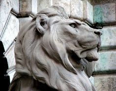 One of the sentinel stone lions in the Budai Vár (Buda Castle)