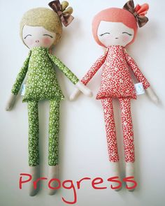 Progress new orange doll #mbdesings #handmade #handmadedoll #handmadetoys #dollsforkids #softdoll #sweetdoll #doll #makerdoll #dolls #green #orangedoll #orange #picoftheday #cottondoll #cotton #customdoll #toy #toys #hechoamano #work #poupée #wool #felt #feltdoll #workinprogress #coser #muñeca