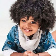 My baby is going to have natural hair Kids Curly Hairstyles, Natural Hairstyles For Kids, Little Girl Hairstyles, Hairstyle Ideas, Curly Hair Styles, Natural Hair Styles, Curly Kids, Beautiful Brown Eyes, Pelo Natural
