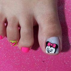 Pedicure idea Nail Designs, Pedicure Ideas, Hair Beauty, Erika, Tattoos, Mini, Toenails, Nail Bling, Designed Nails