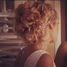 The Upper East Side Gossip Girl hairstyle