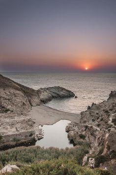 Μοναδικά ηλιοβασιλέματα στο Αιγαίο!