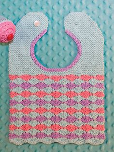 Wee Waves baby bib [knit in 5 hours]