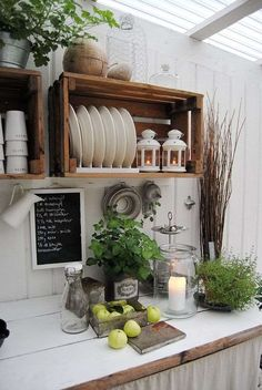 Lag et utekjøkken og flytt ut Kitchen Organisation, Diy Kitchen Storage, Küchen Design, House Design, Interior Design, Cocina Shabby Chic, Rustic Bathroom Designs, Kitchen Utilities, Handmade Kitchens
