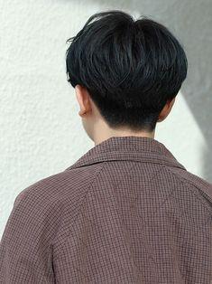 【メンノン風センターパートショート】|メンズ・髪型 - LIPPS 表参道|MENS HAIRSTYLE [メンズ ヘアスタイル] Asian Boy Haircuts, Korean Haircut Men, Korean Boy Hairstyle, Asian Haircut, Boy Haircuts Short, Haircuts For Men, Asian Short Hair, Short Hair Cuts, Middle Part Hairstyles Men