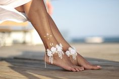 Shaking guipure with tiny flower beach wedding barefoot sandals, bangle, wedding anklet,nude shoes,boho sandal,cuff