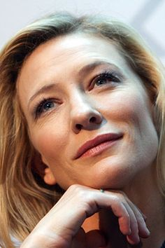 Cate Blanchett's Goth Makeup Phase; Lanvin Updates Its Jeanne Fragrance