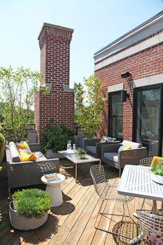 rooftop Rooftop Patio, Patio Roof, Outdoor Spaces, Outdoor Living, Outdoor Decor, Outdoor Ideas, Exterior Design, Interior And Exterior, Gabriel