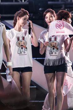 Girls Generation - Yoona & Seohyun <3