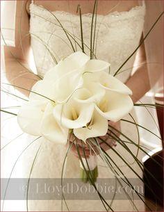 bridal_bouquet_lillies