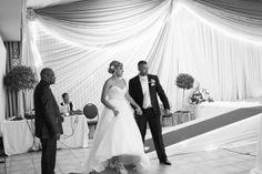 Shané & Rev – Married Fake Smile, Newborn Photographer, Documentaries, Maternity, Poses, Wedding Dresses, Fashion, Bride Dresses, Moda